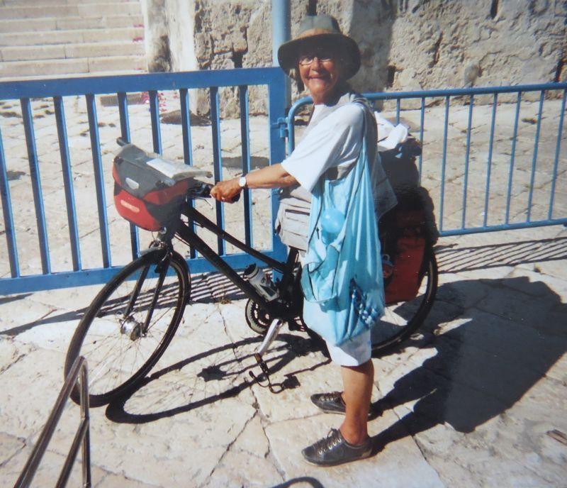 Non op leeftijd te fiets naar Jeruzalem
