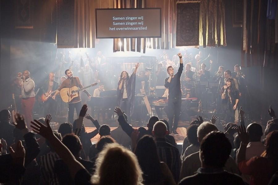 Column: Hierdoor lopen kerken leeg